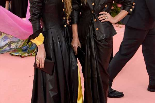 Mary Kate Ashley Olsen S Met Gala Outfits Were An Ode To The 2013 Punk Theme My Lifestyle Max